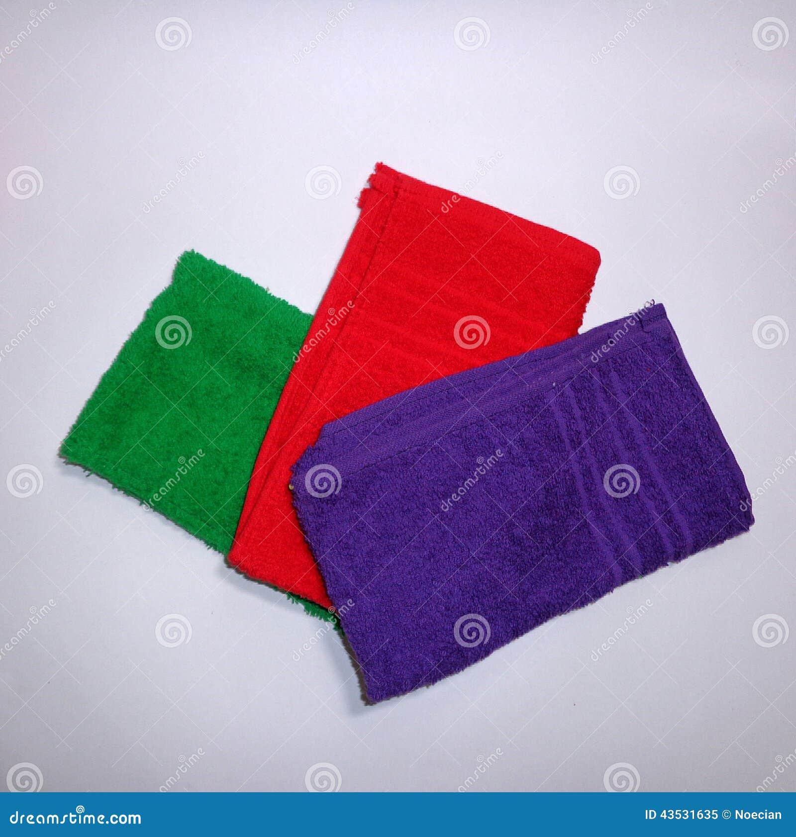 покрашенные полотенца