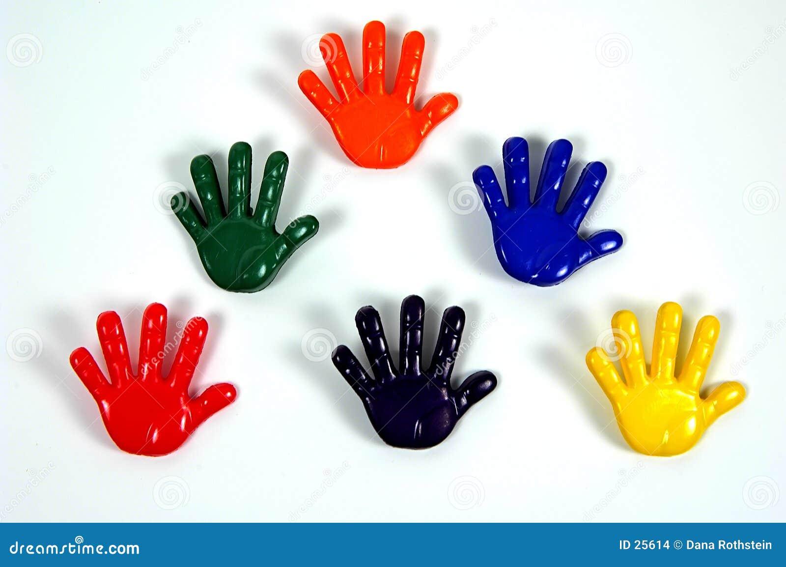 покрашенные руки