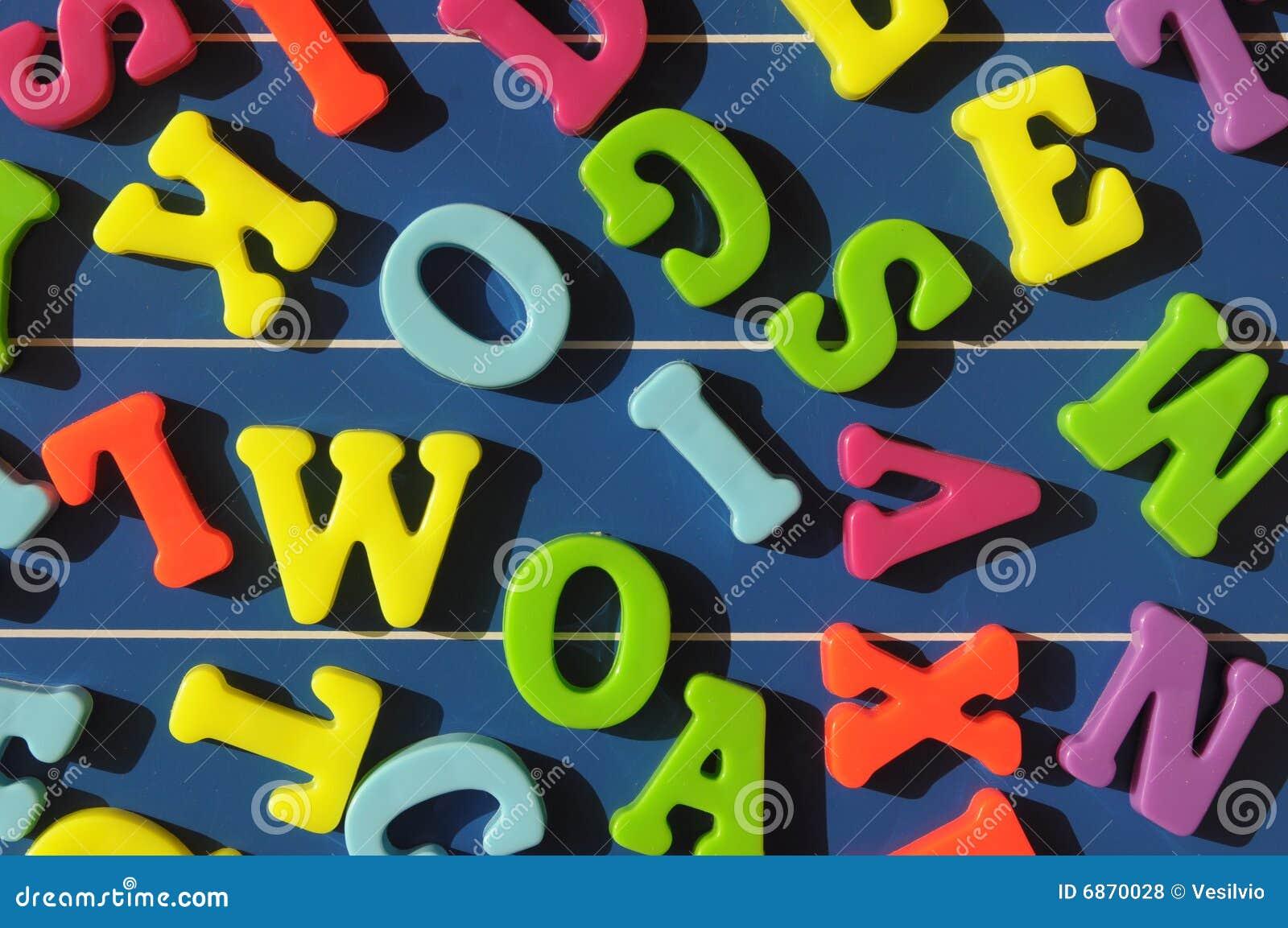покрашенный алфавит
