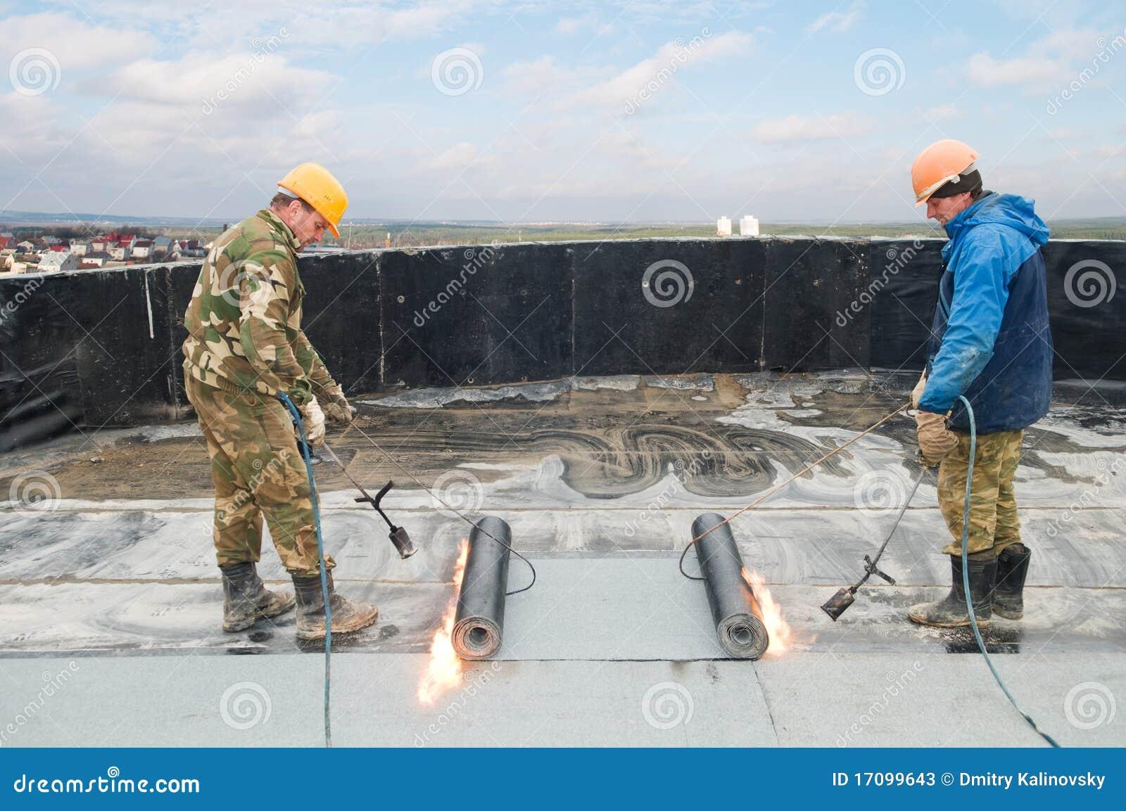 покрывать работы плоской крыши