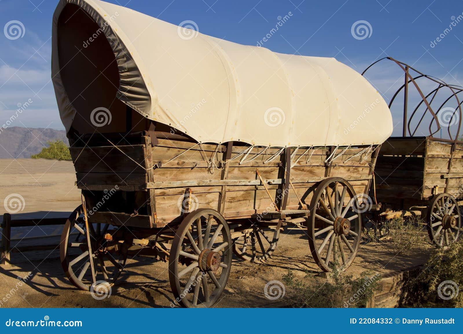 покрытый старый запад фуры поезда