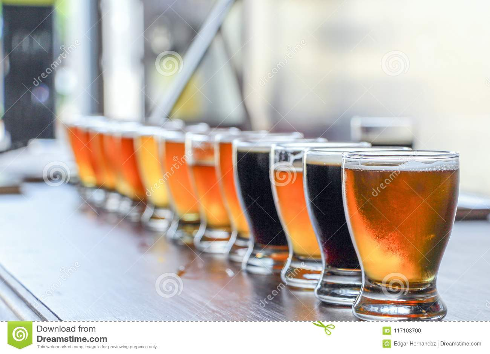 Полет дегустации пива ремесла