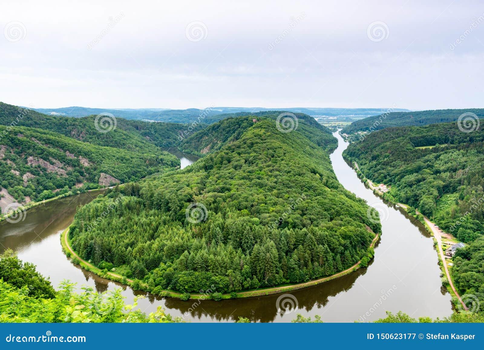 Полуостров петли реки