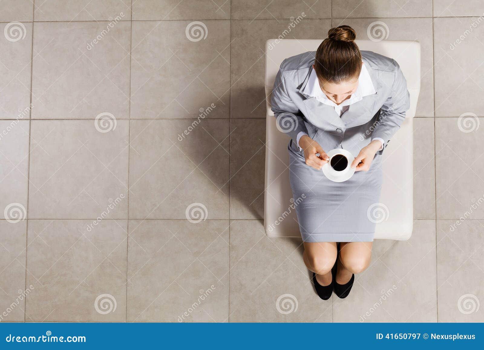 помадка чашки круасанта кофе пролома предпосылки