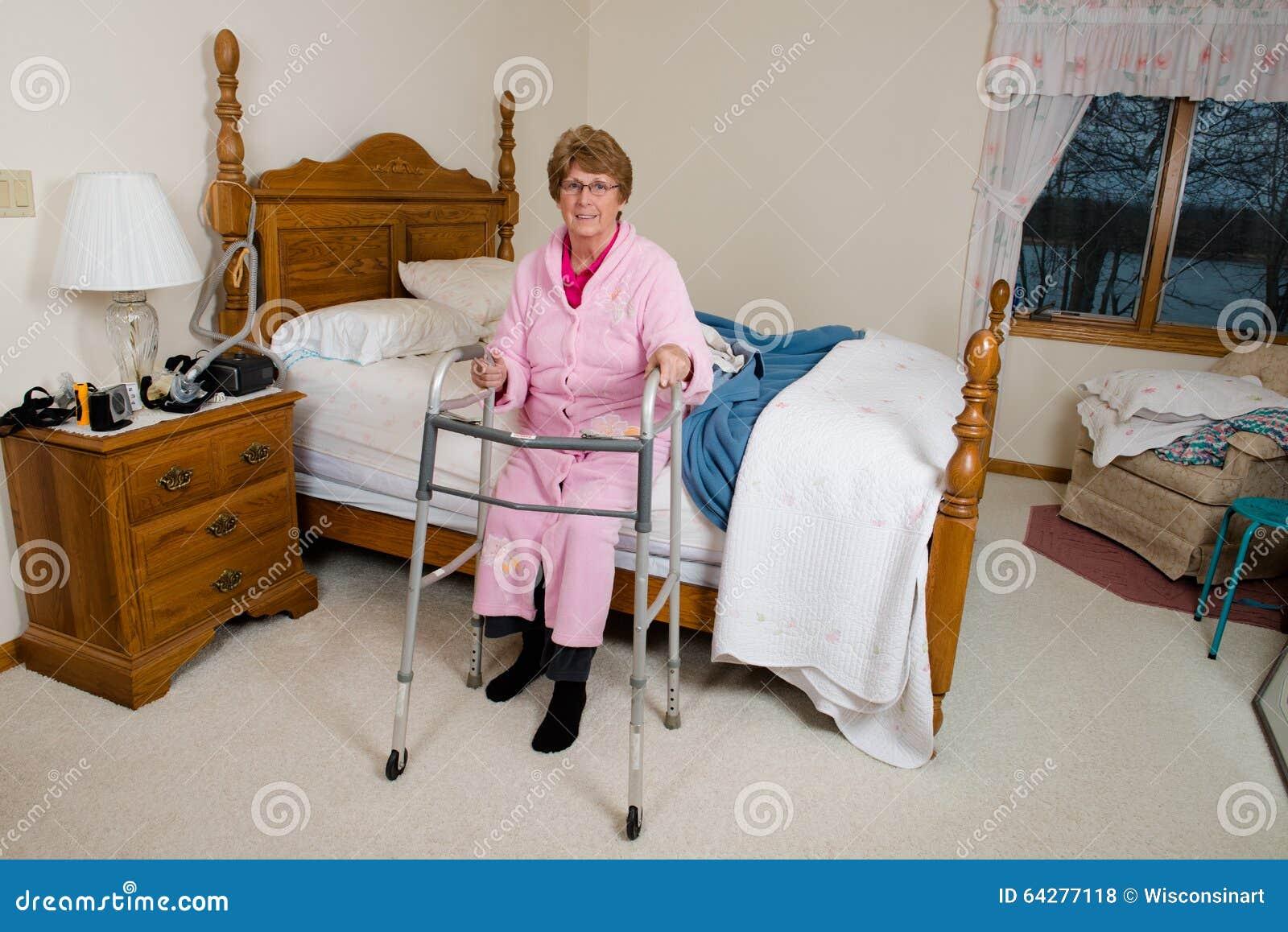 Кровать для пожилых для дома дом престарелых в казани стоимость