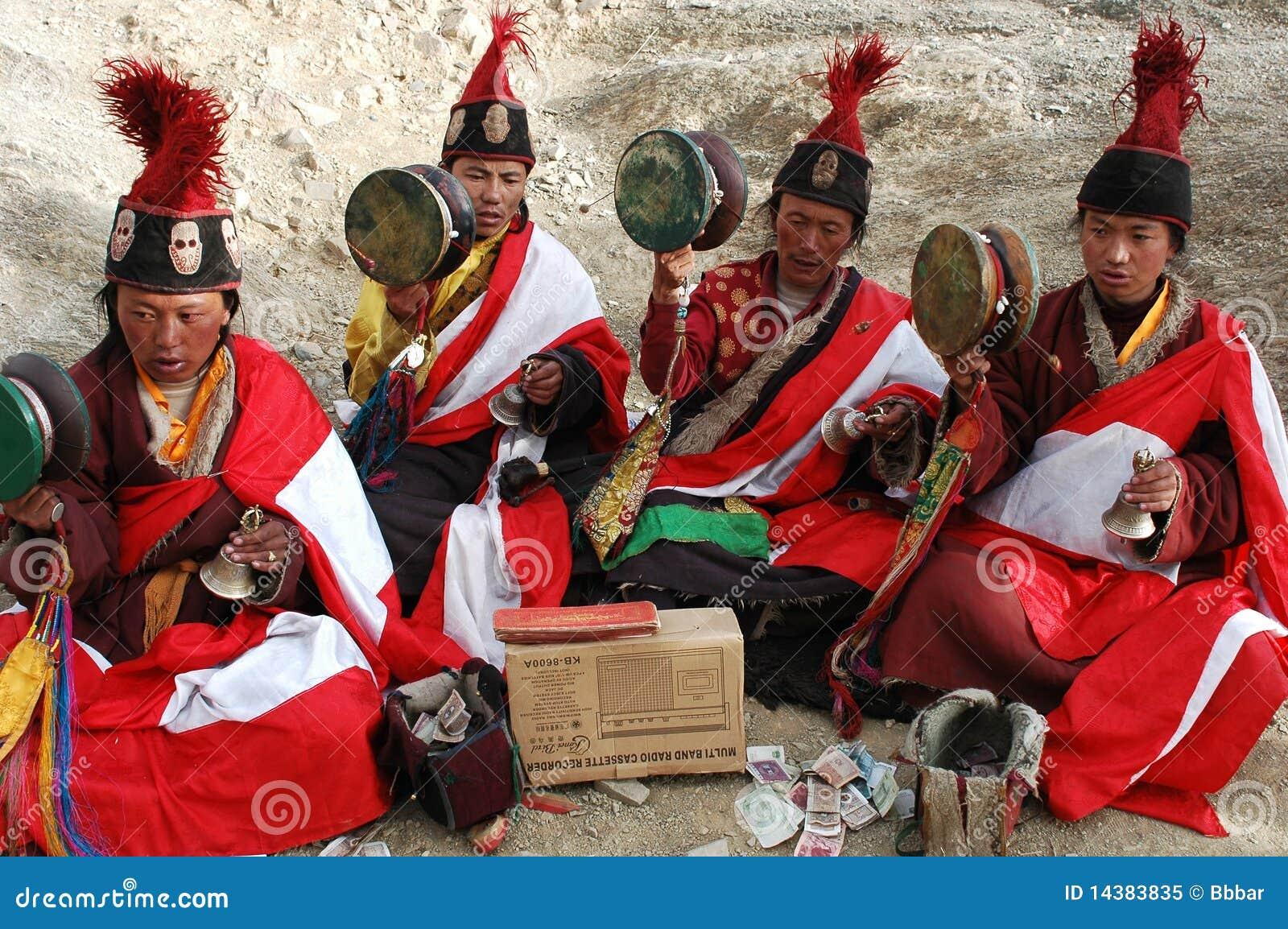 попрошайки тибетские