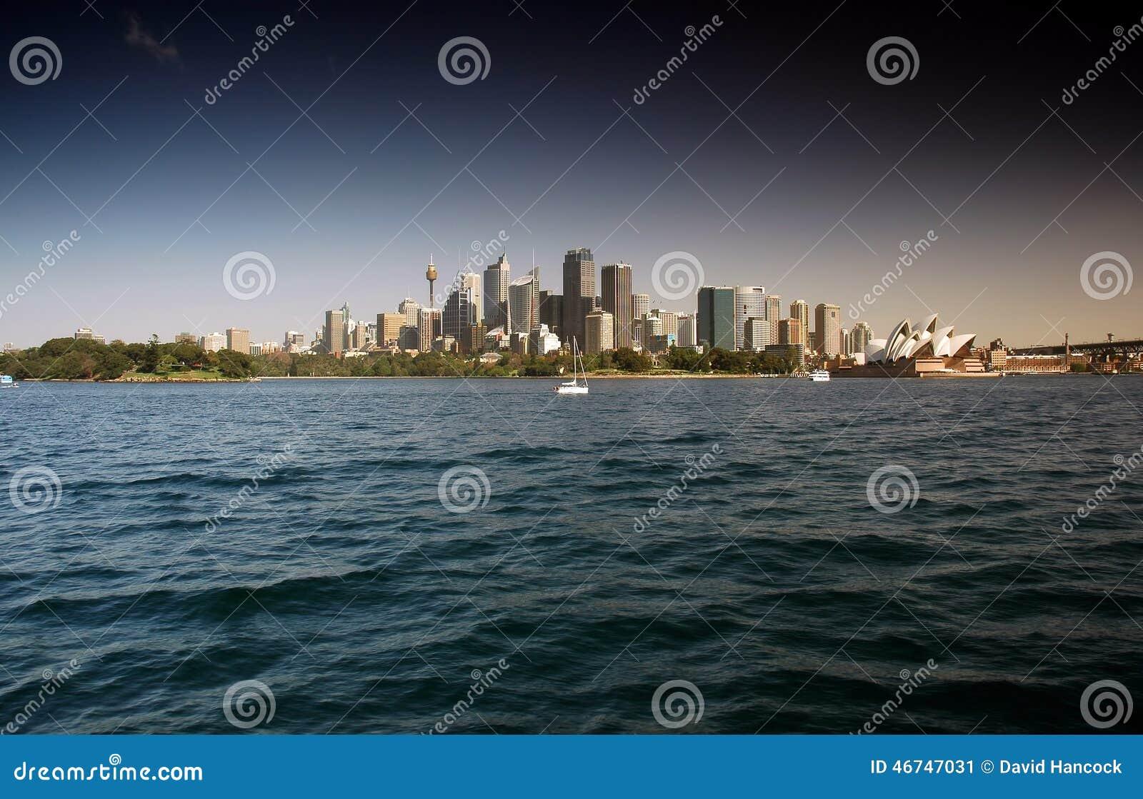 Портовый район CBD Сиднея от гавани Сиднея