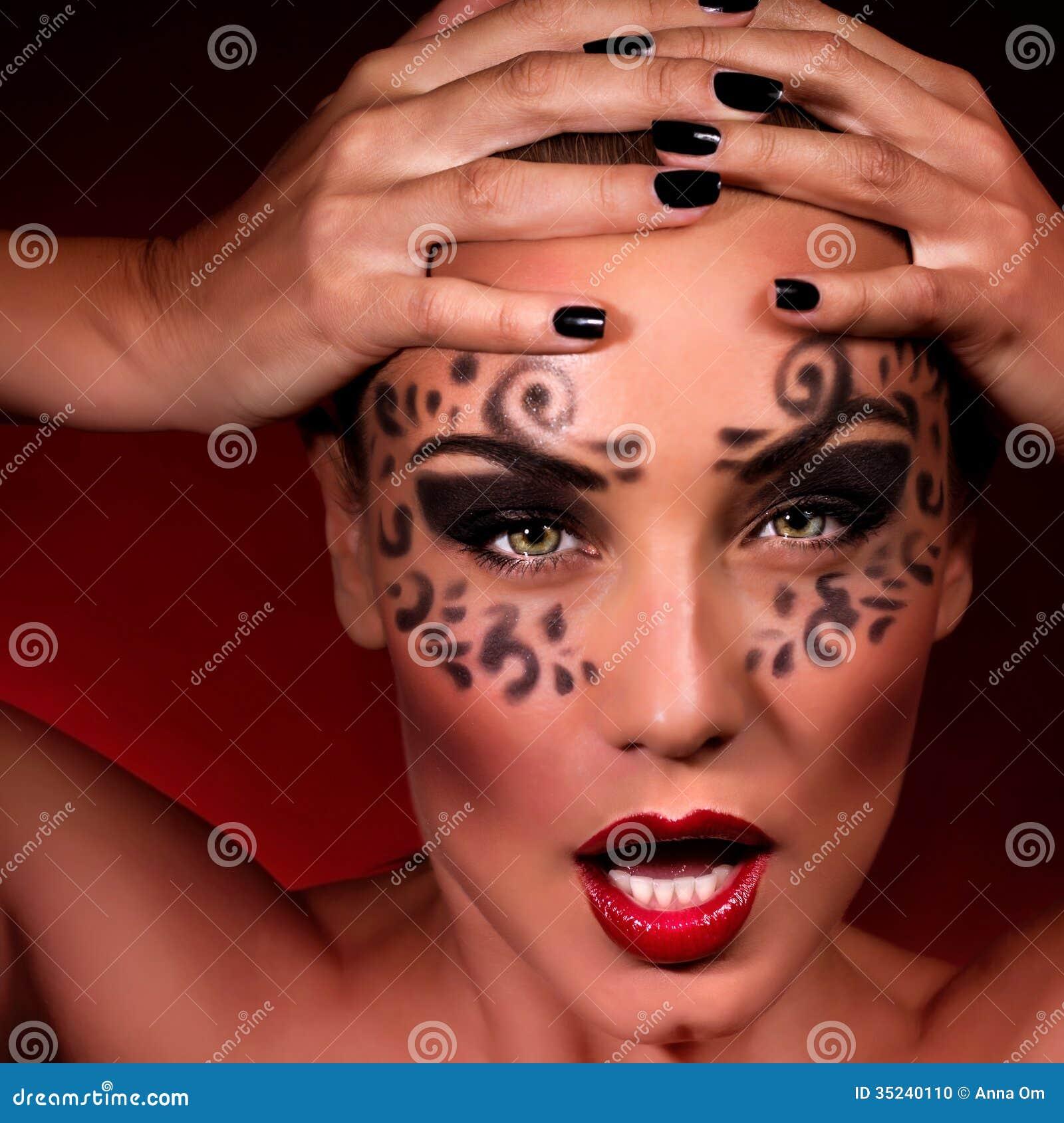 Агрессивно-сексуальные женщины фото 13