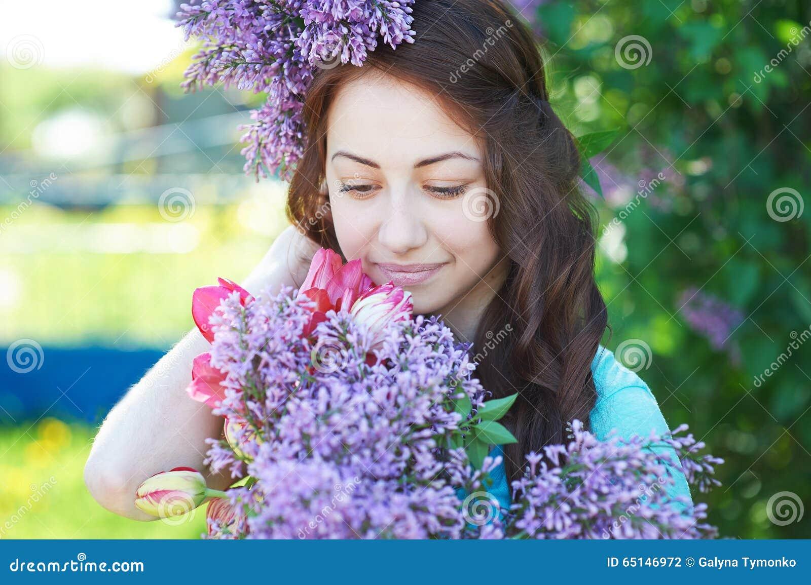 Картинки весны с девушками