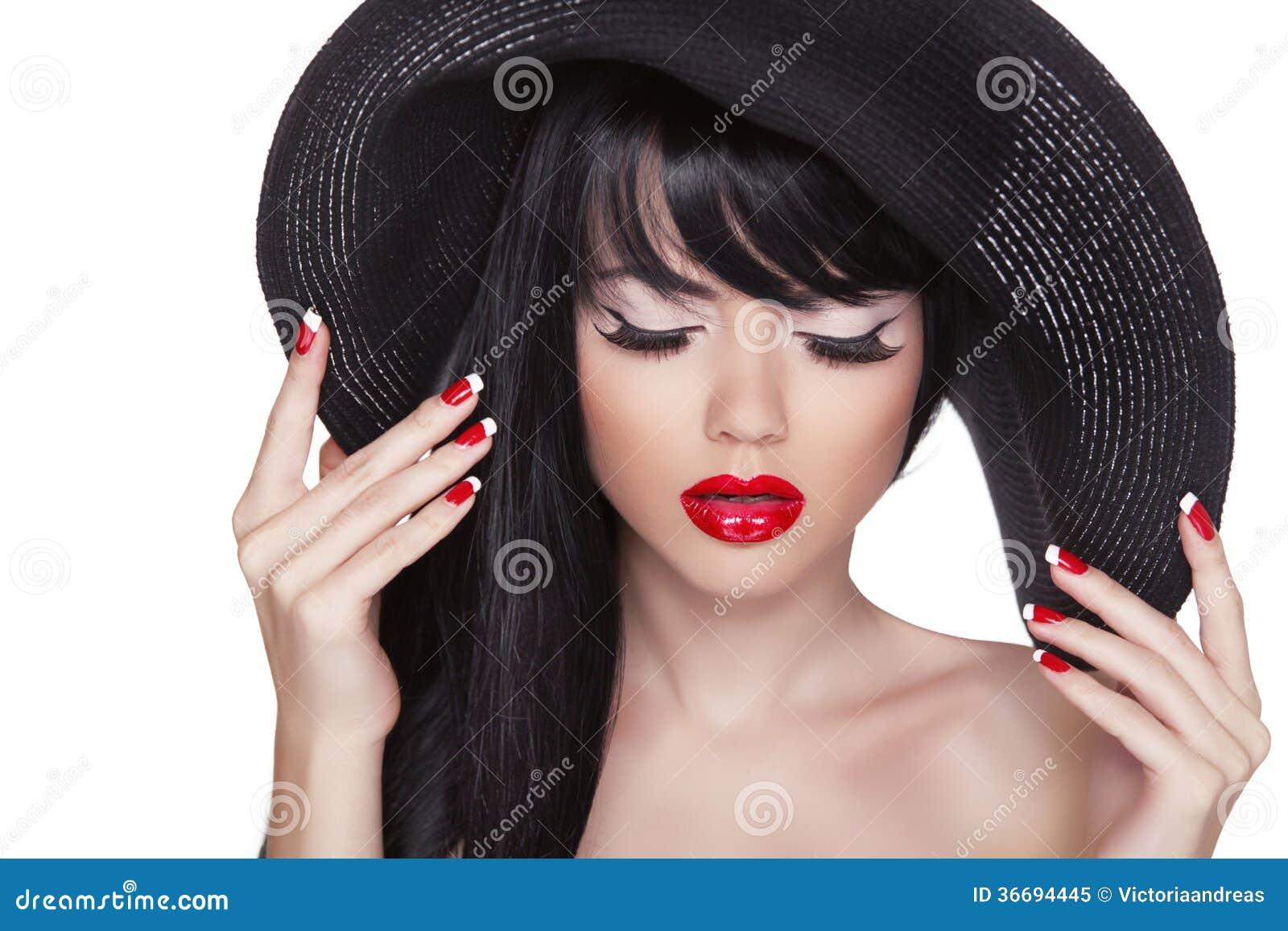 Сексуальная девочка в шляпе