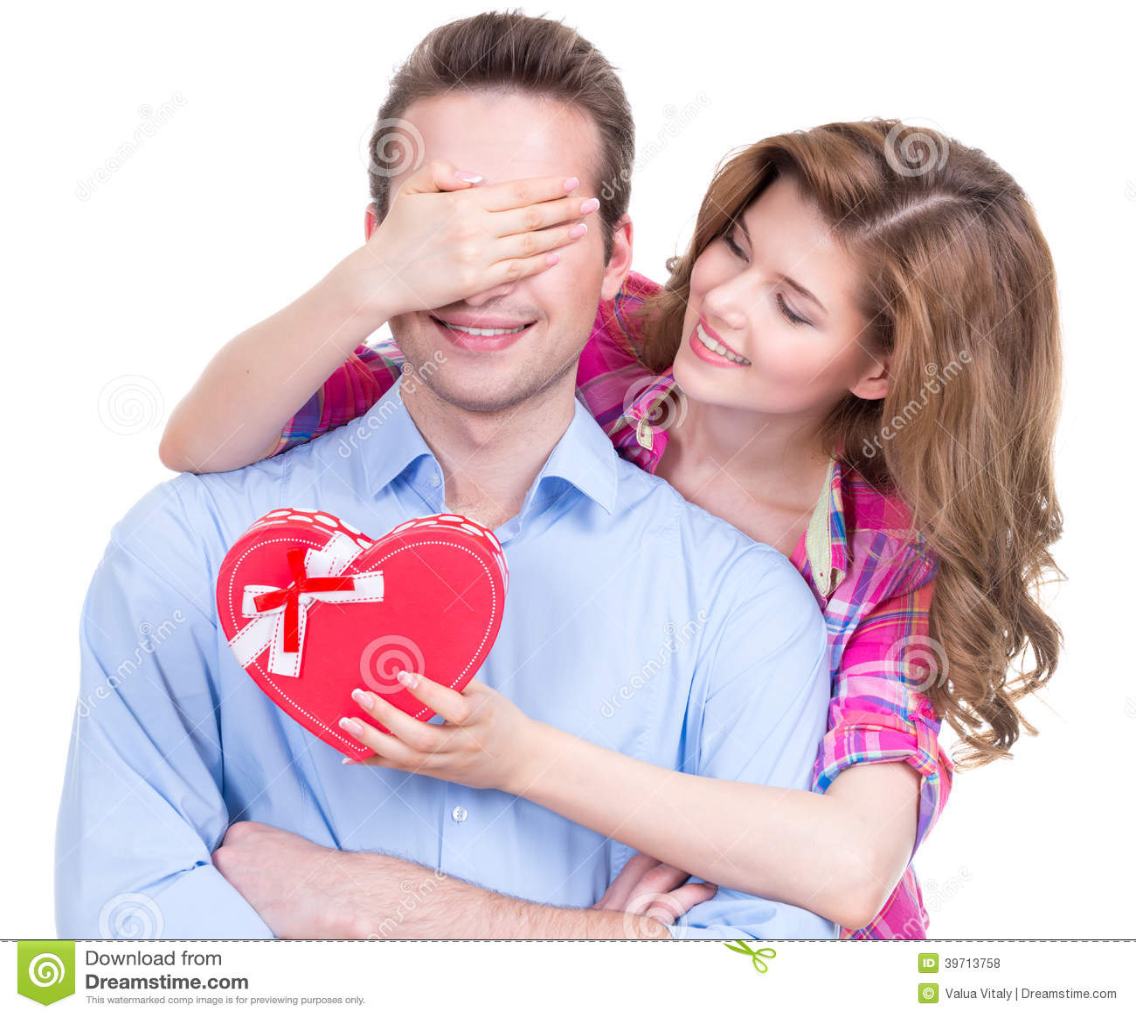 Портрет красивых счастливых пар.