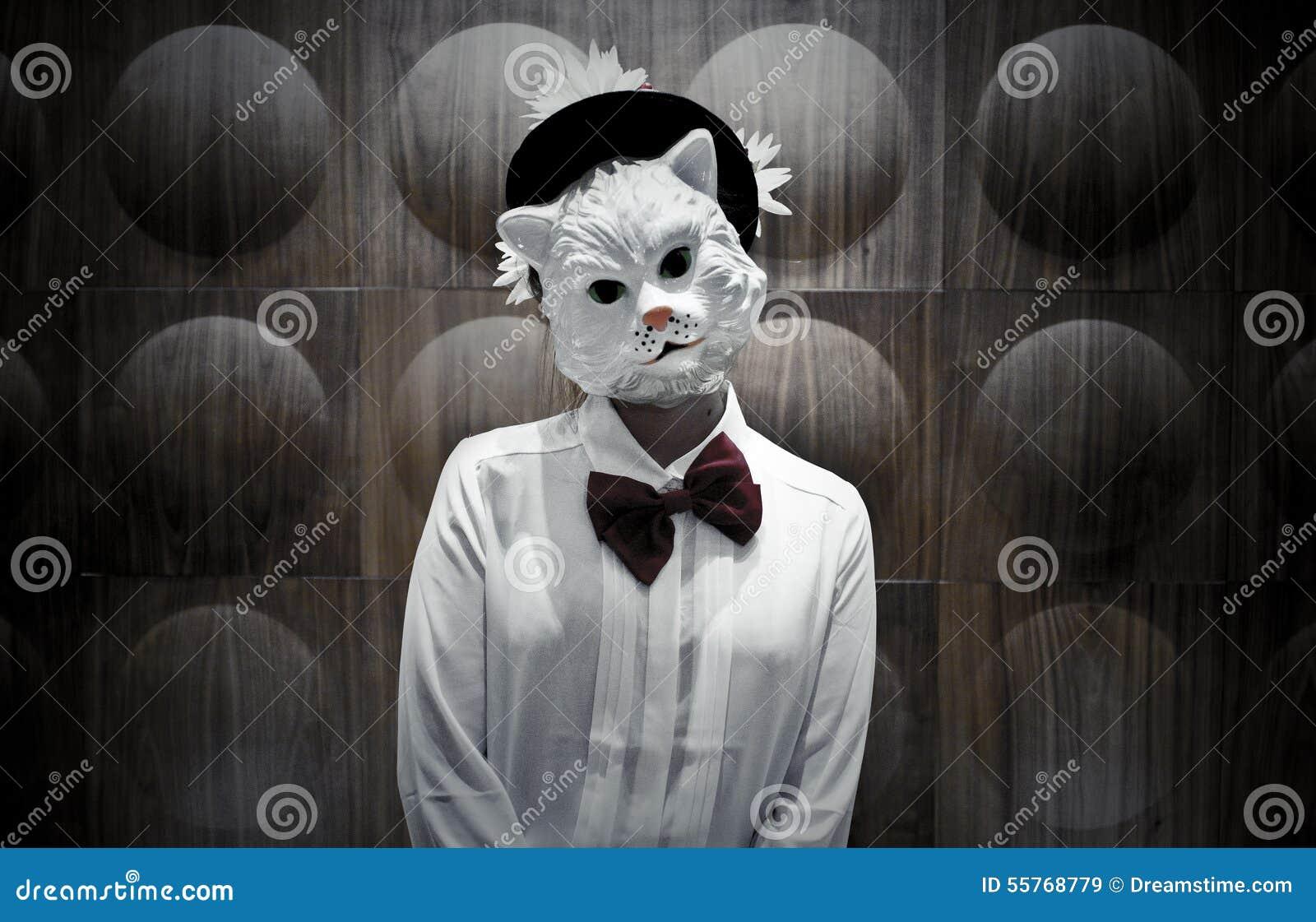 Фото в масках кота