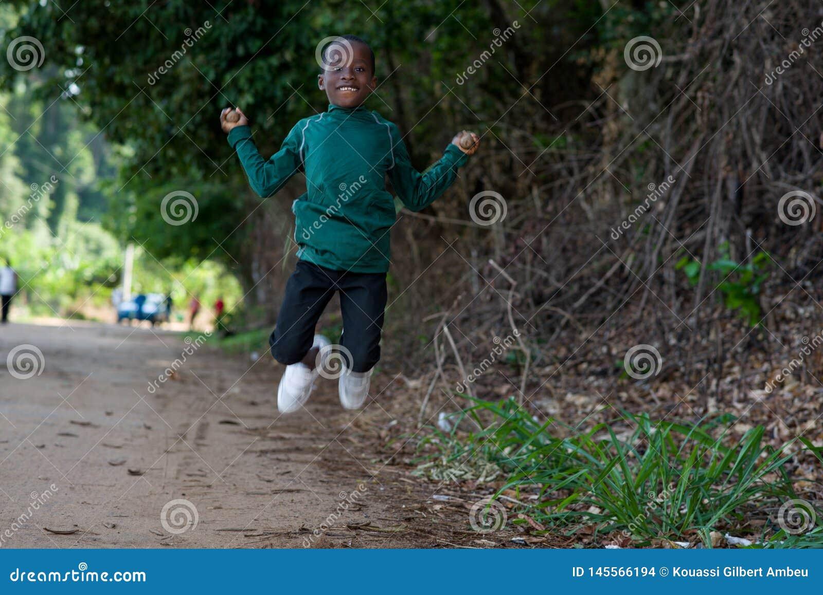 Портрет молодого мальчика на спорте