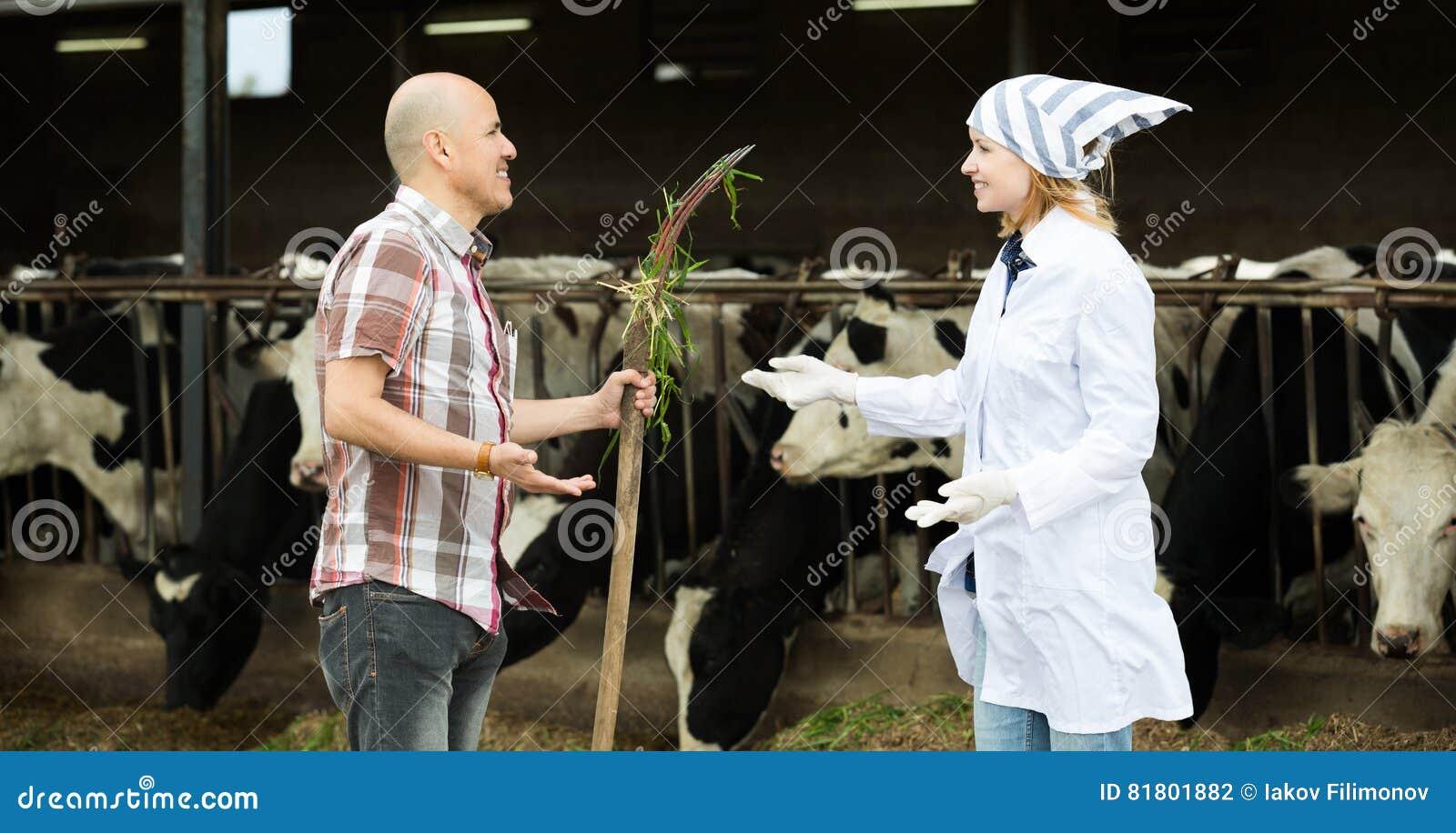 Портрет доктора работника и взрослого