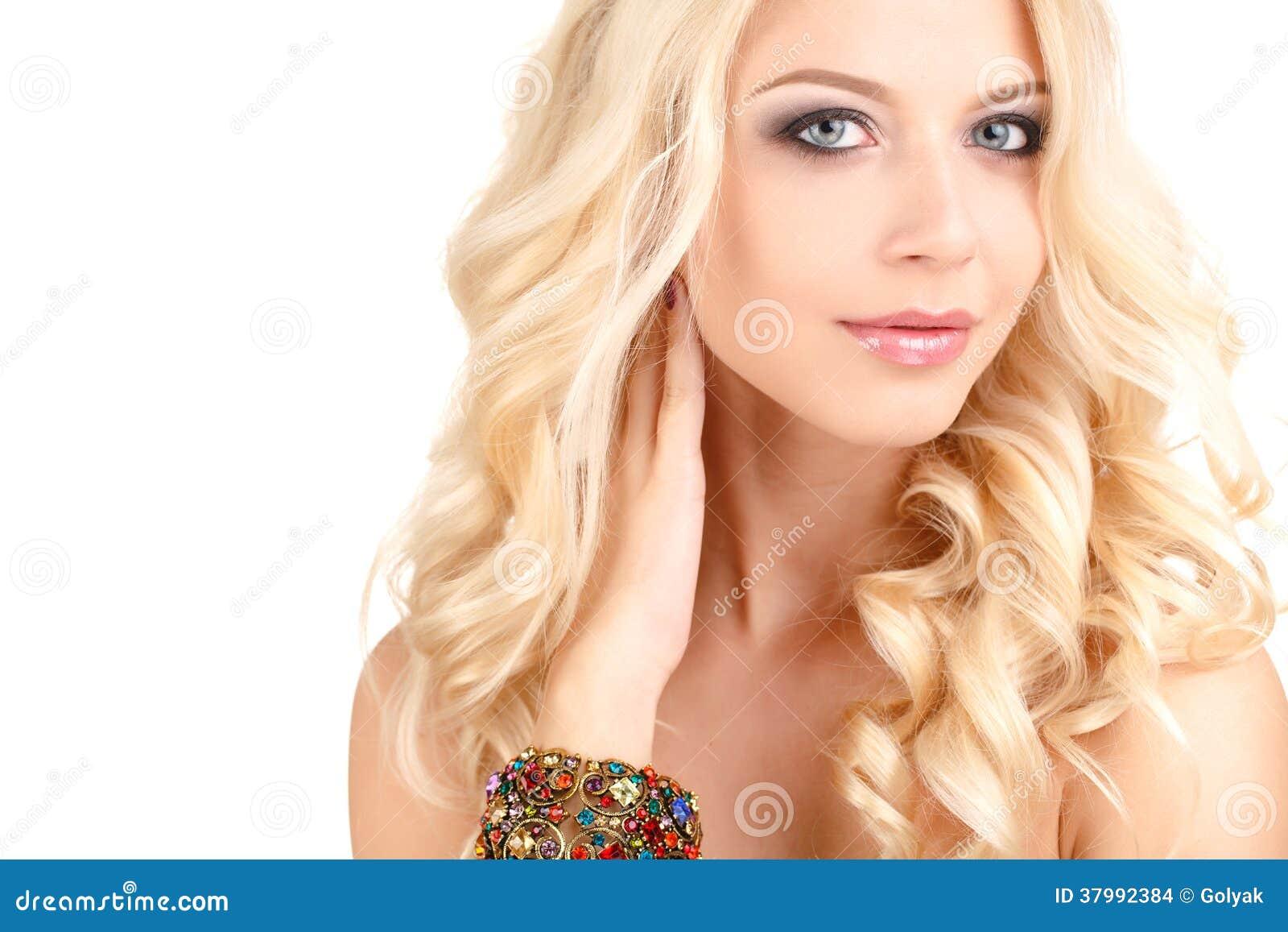 Фото кавказских девушек блондинок