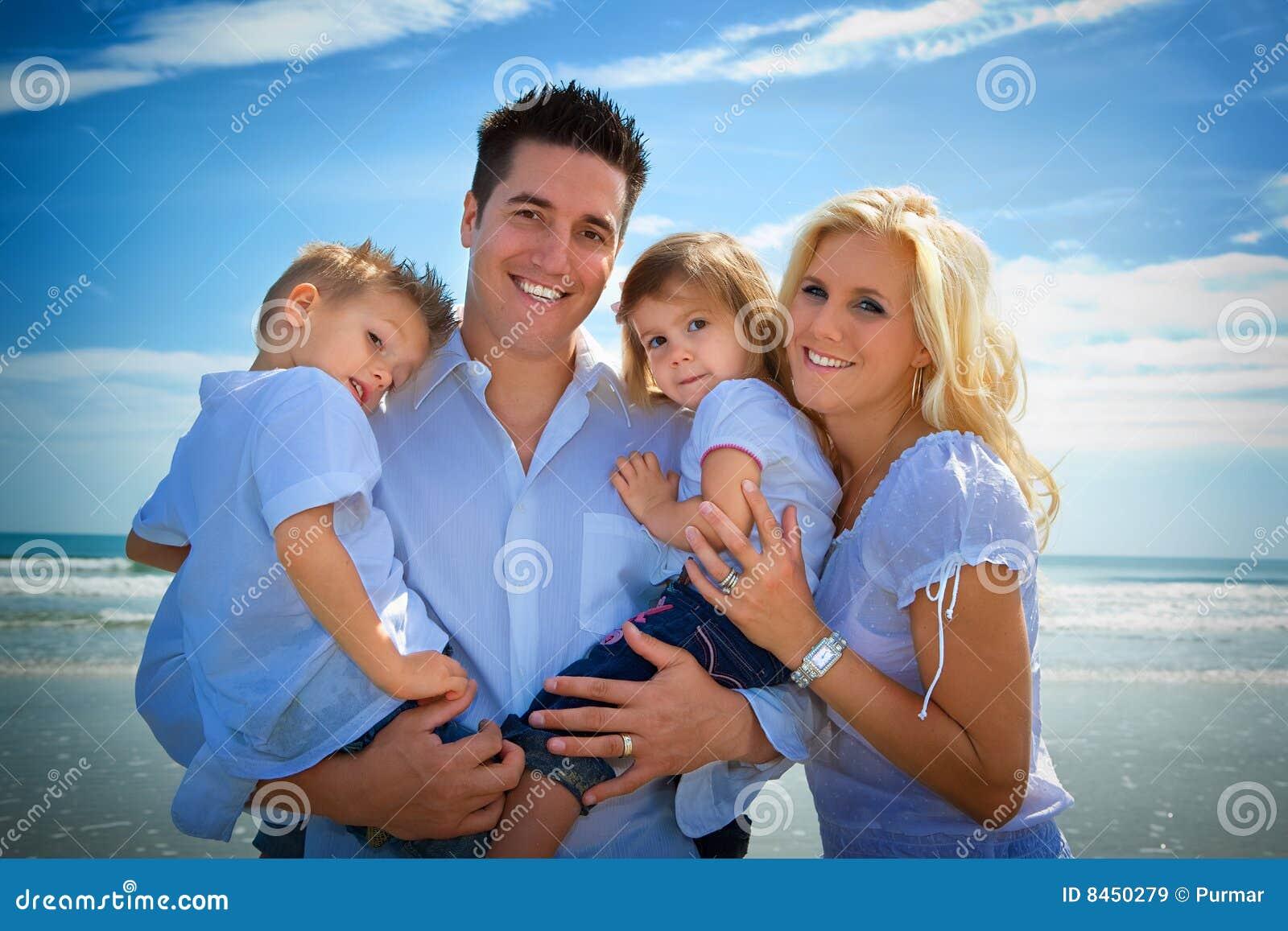 фото семейные натуристы