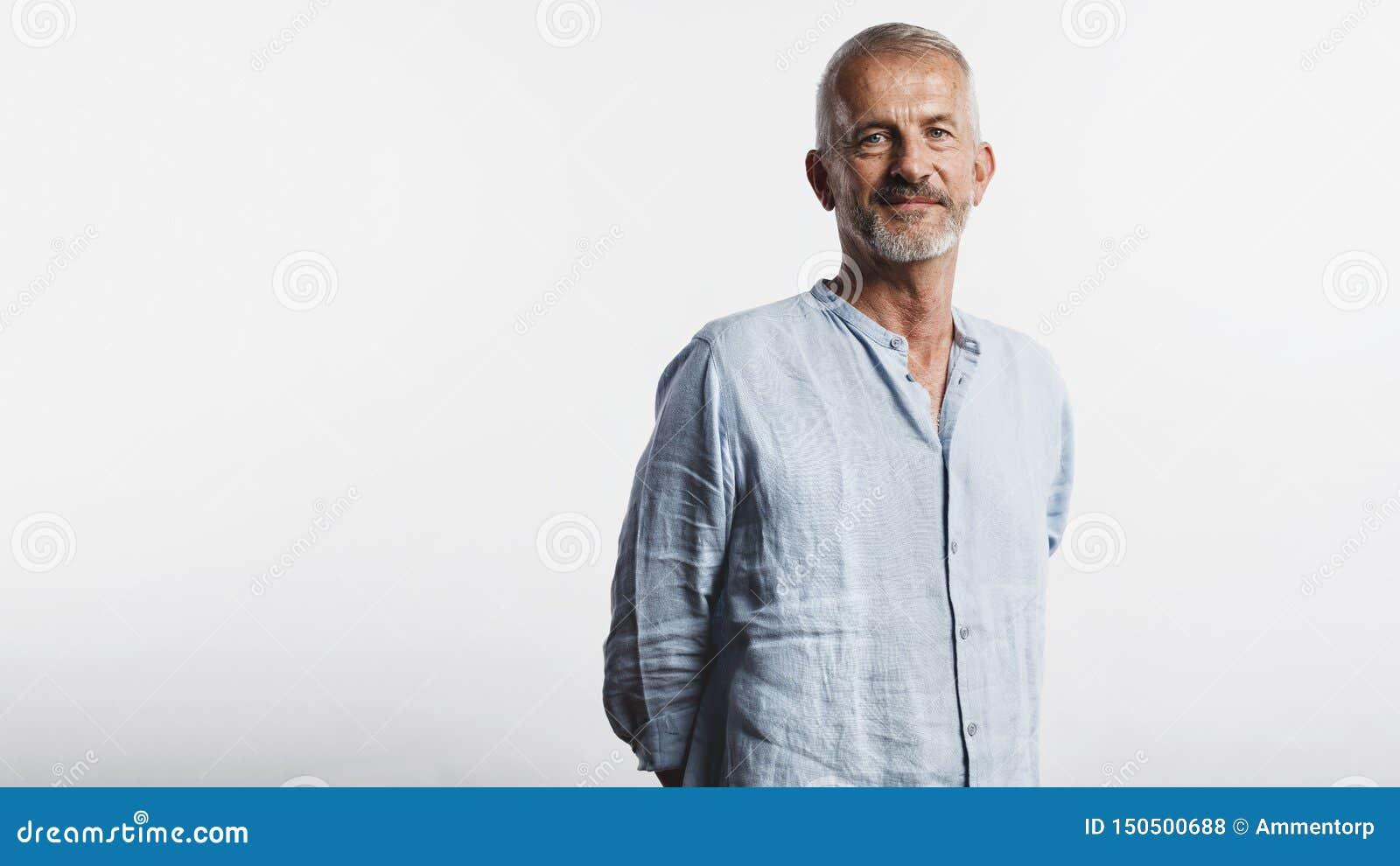 Портрет старшего человека