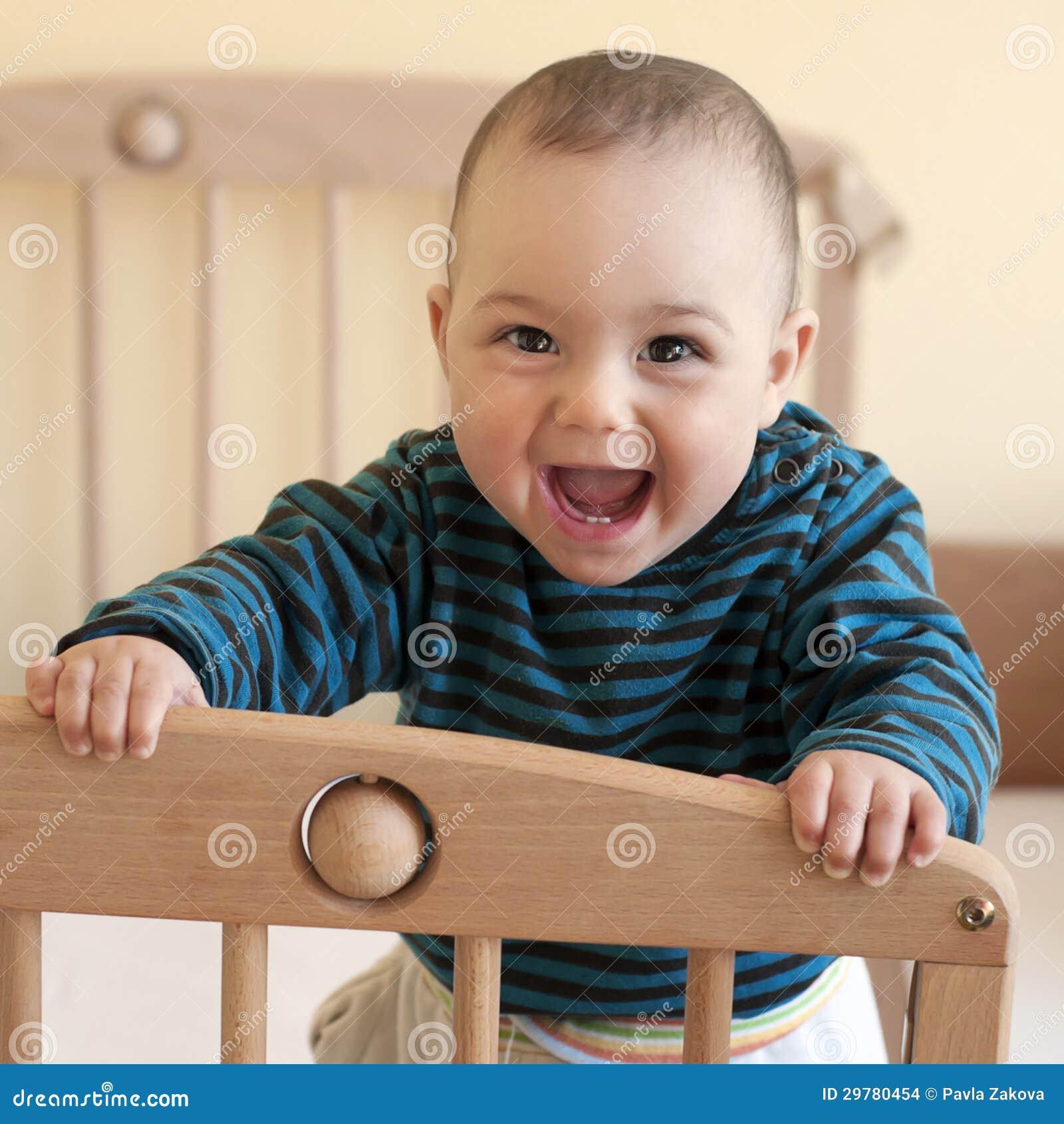Счастливый младенец