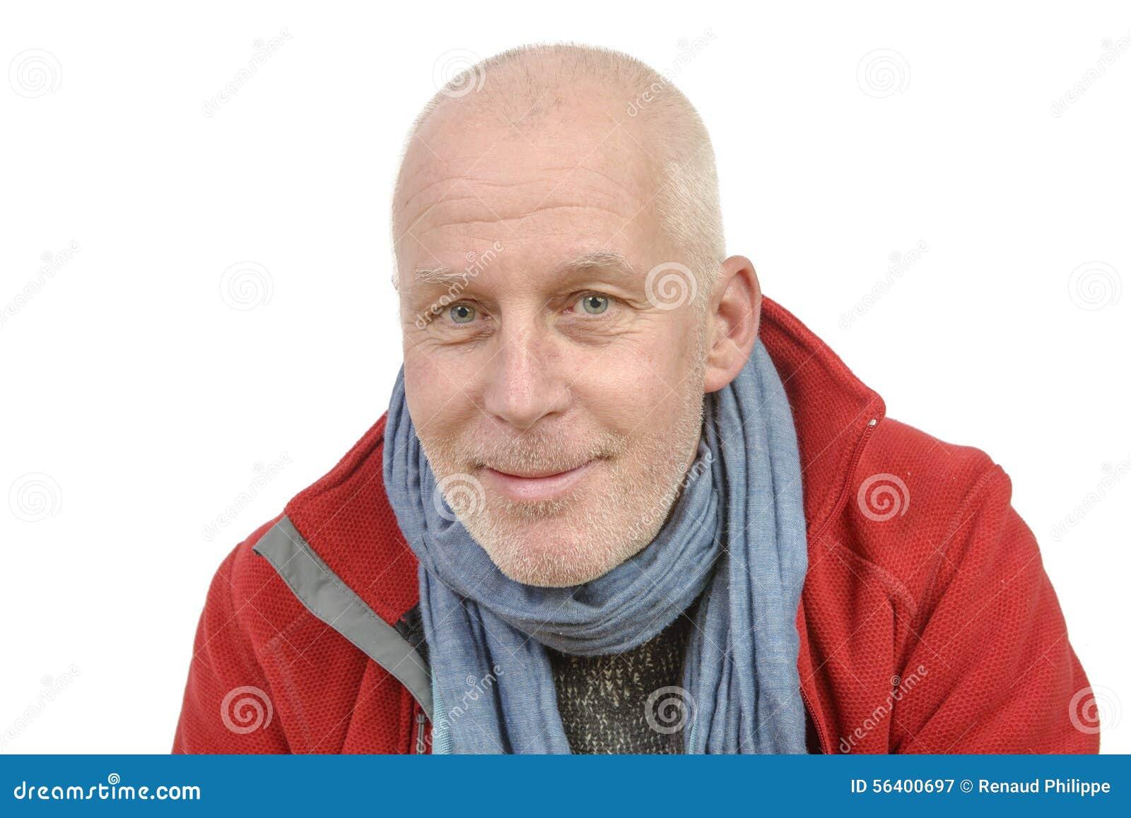 Портрет человека среднего возраста с бородой