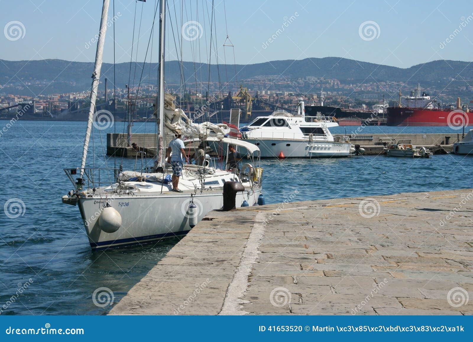 Порт Триеста