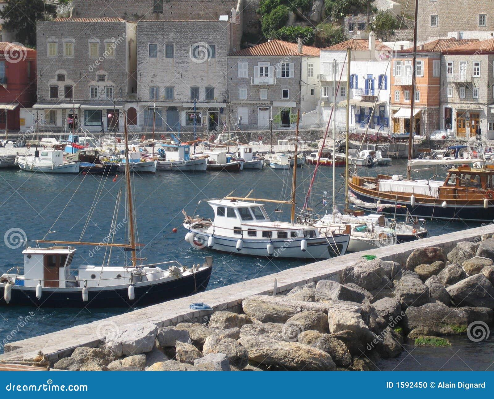 порт s острова Греции