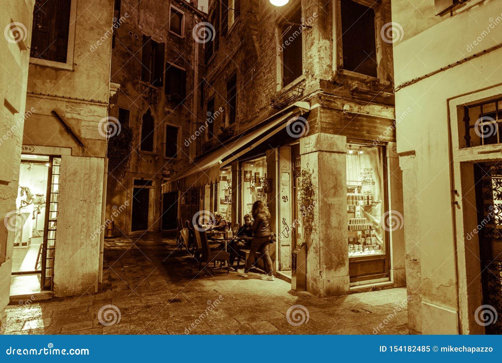 Посещение Венеции когда туристы нет там