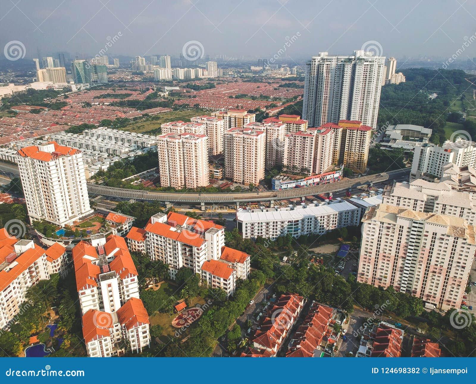 Посёлок Bandar Utama жилой