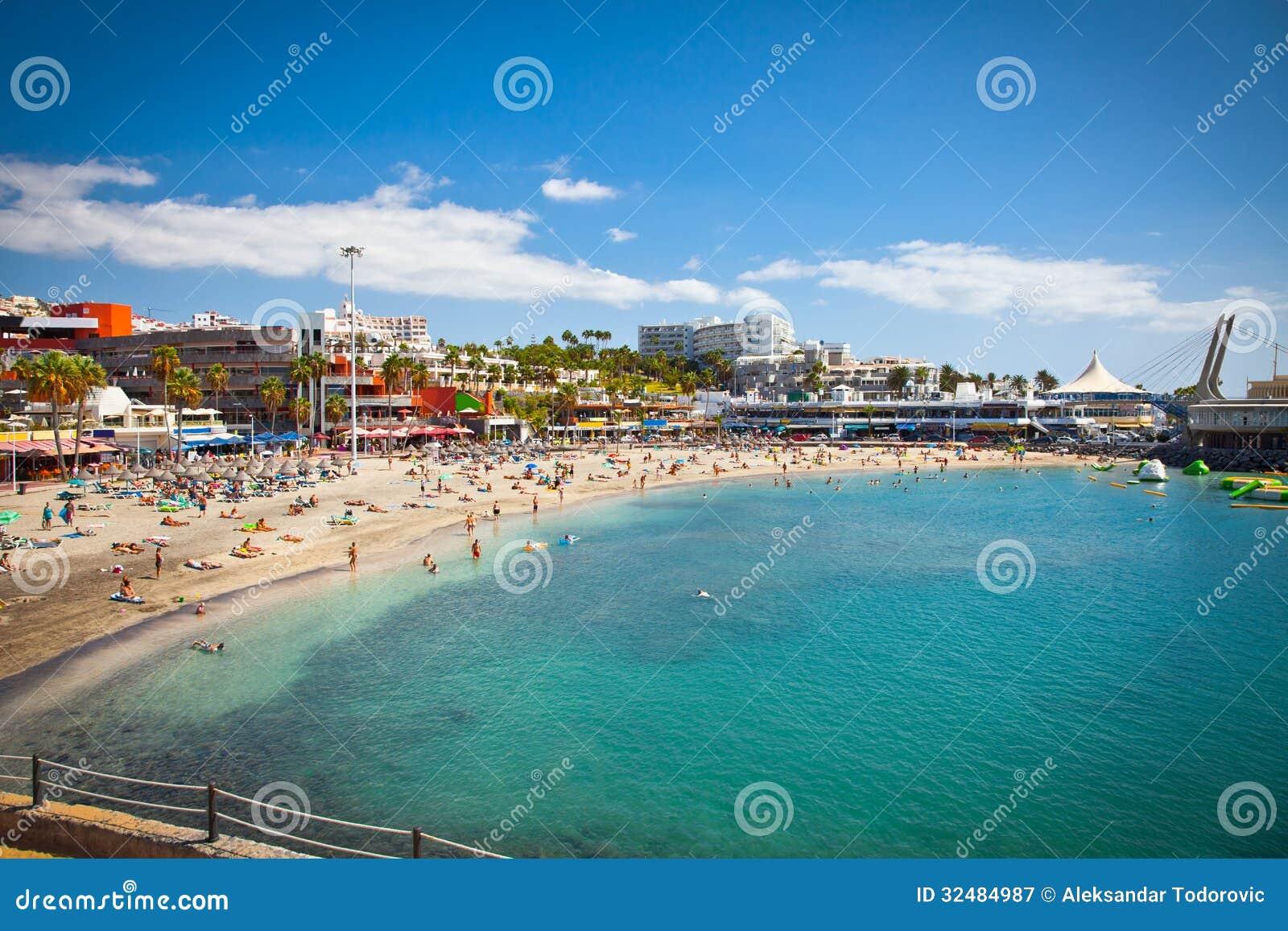 Погода в кальпе испания на 14 дней вода в море