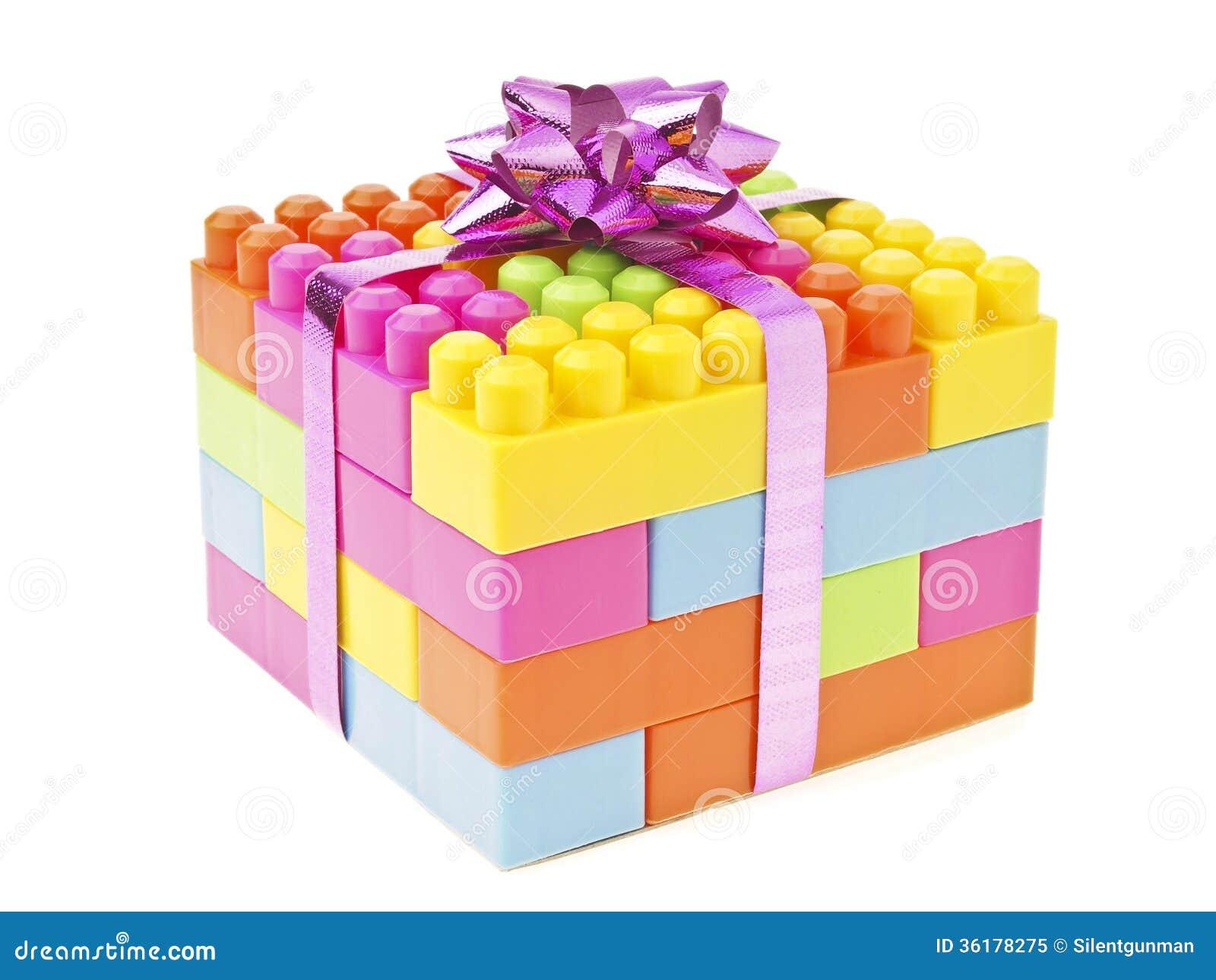 Подарок игрушки кирпича