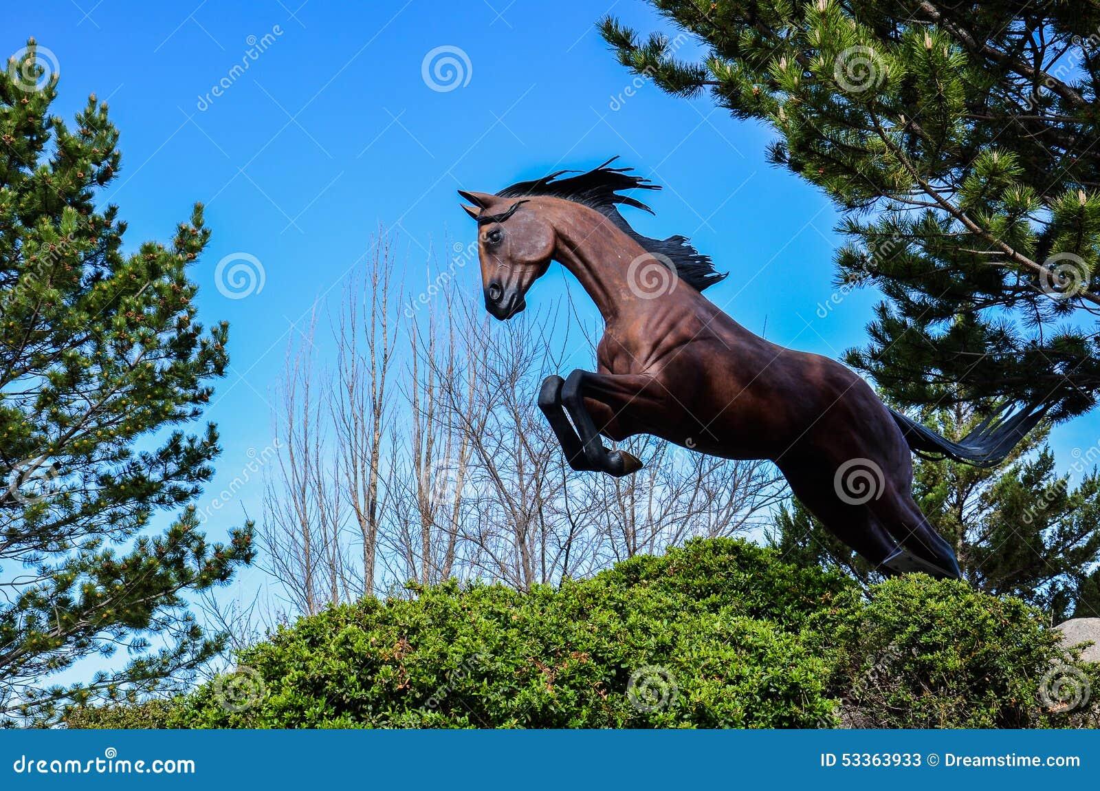 Поддельная лошадь