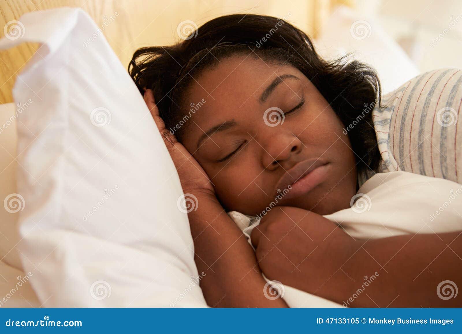 Фото полных в постели, Голые полненькие на фото и обнаженные полные 16 фотография