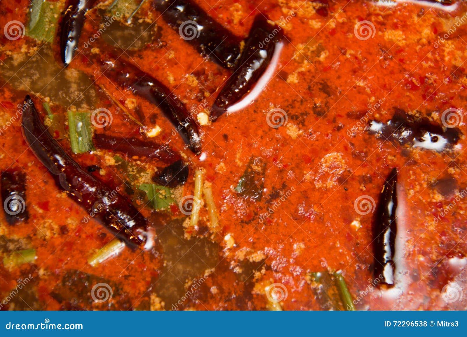 Download Поднимающее вверх супа Тома Yum близкое Стоковое Фото - изображение насчитывающей кухня, тайско: 72296538