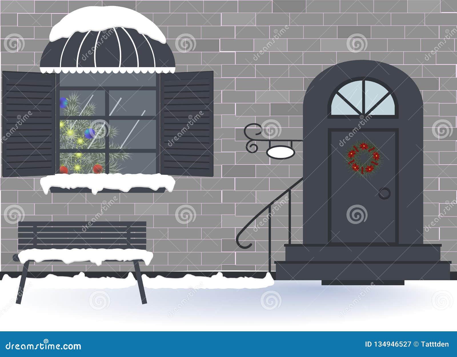 Праздник: Веселое рождество, Новый Год и торжество xmas Внешняя дверь дома и украшение окна на праздники рождества