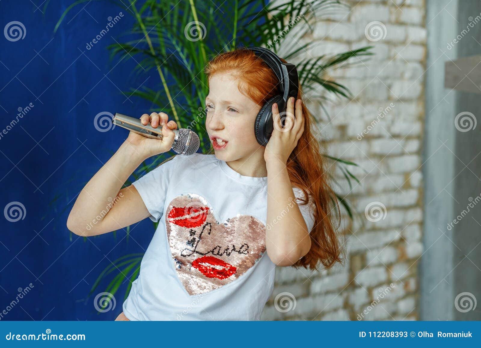 Кавказские девушки поют красива