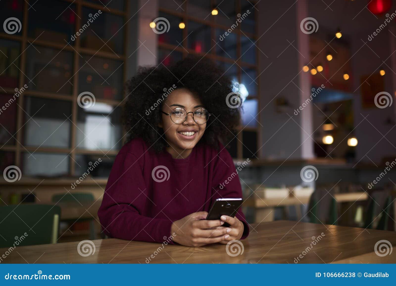 Американская девушка блоггер