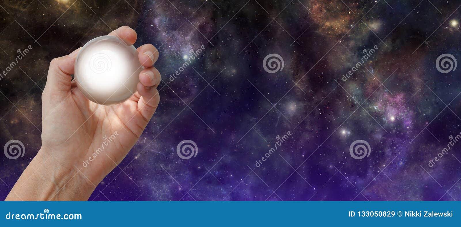 Предпосылка глубокого космоса Gazing Кристл