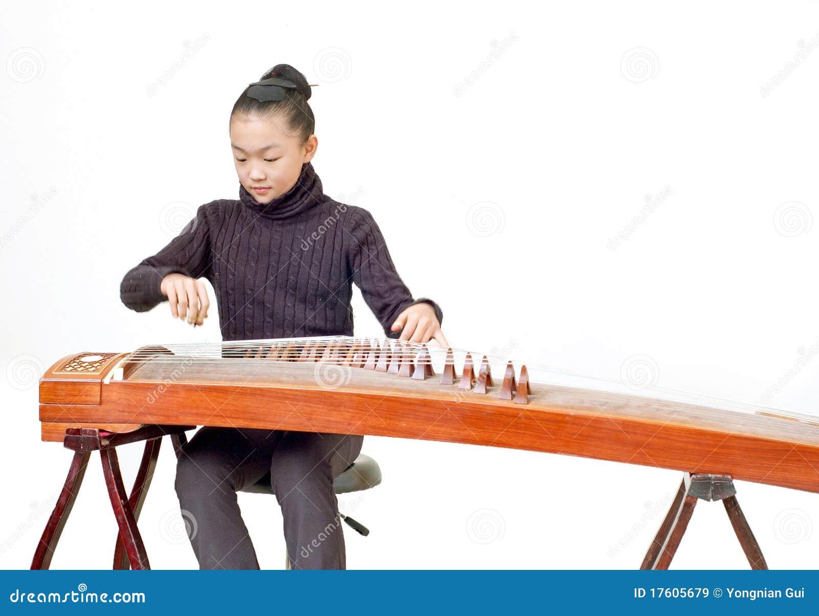 представление guzheng девушок