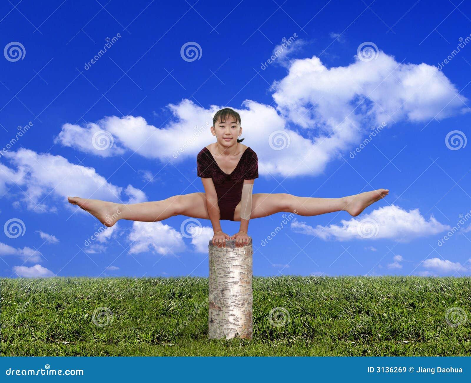 представления гимнастики девушки