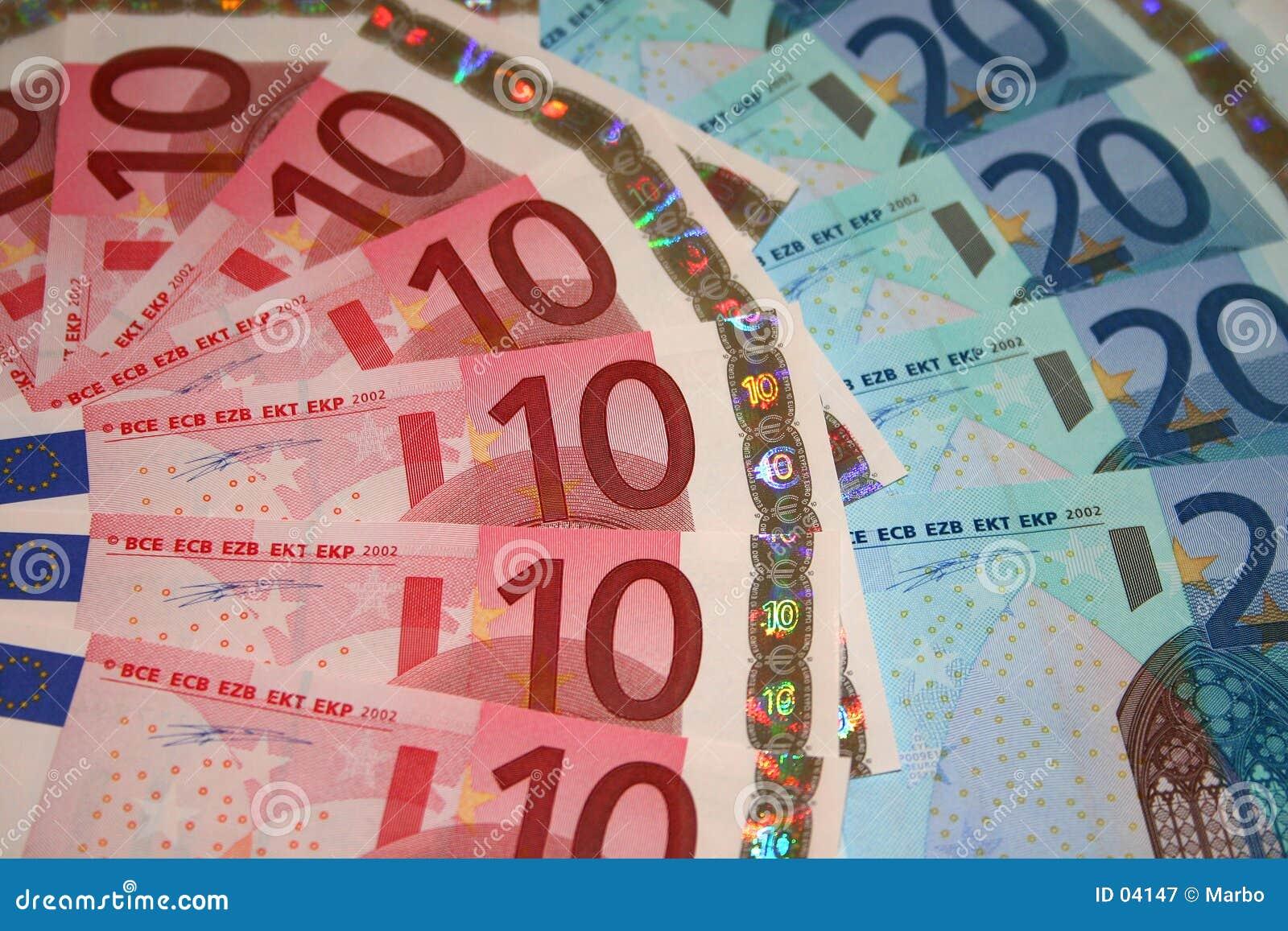представляет счет евро