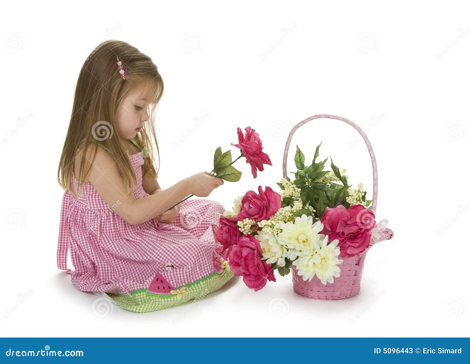 прелестная девушка цветков