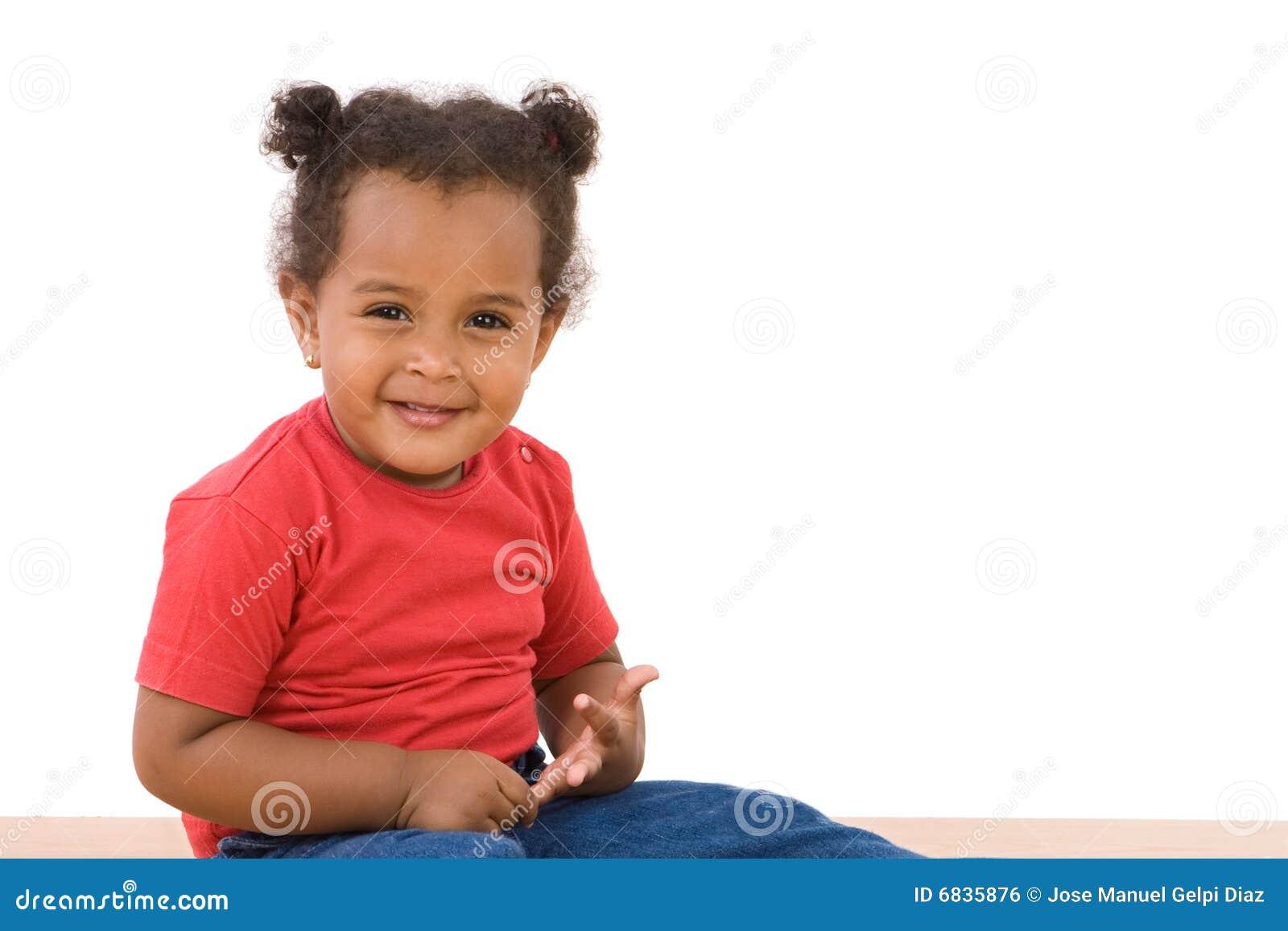 прелестное африканское усаживание младенца