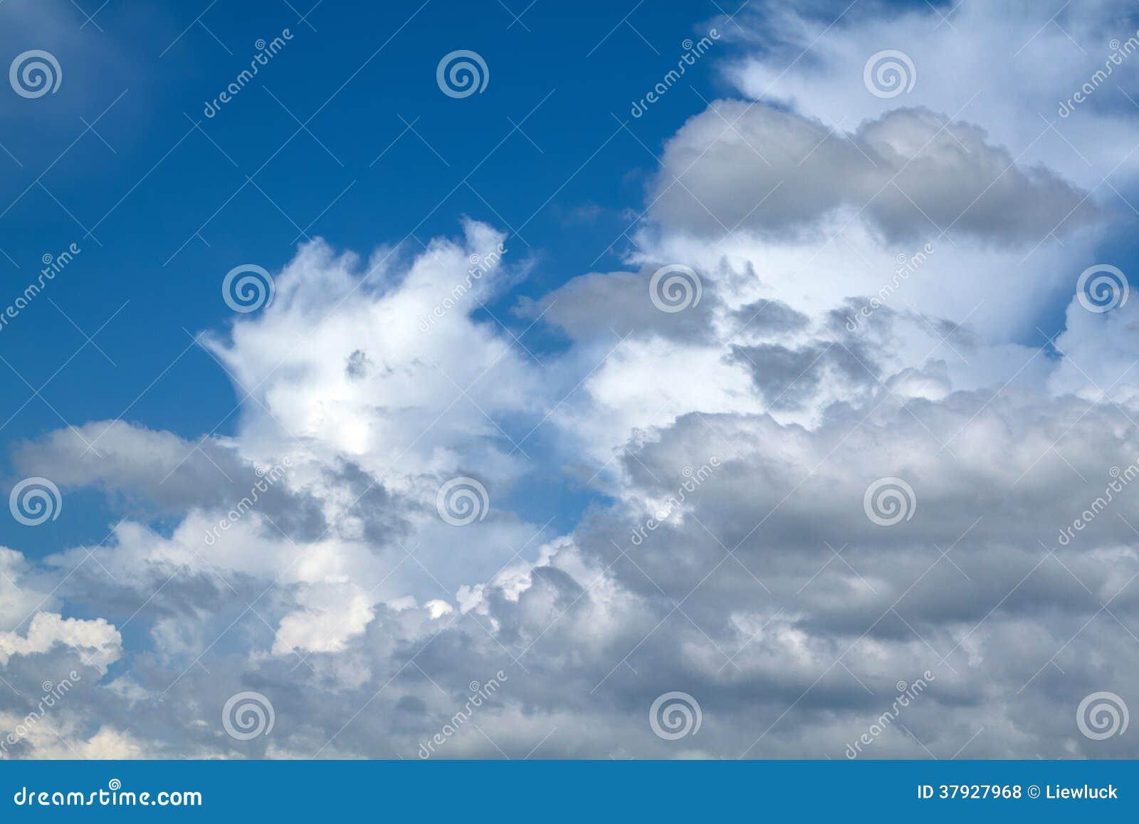 Предпосылка голубого неба