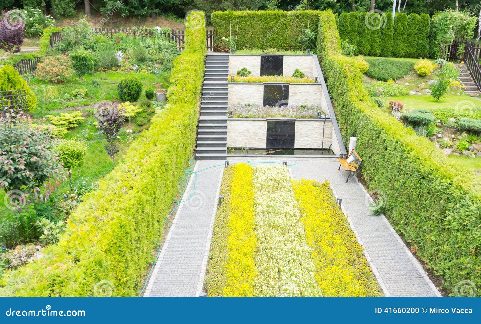 Предпосылка цветка Garden
