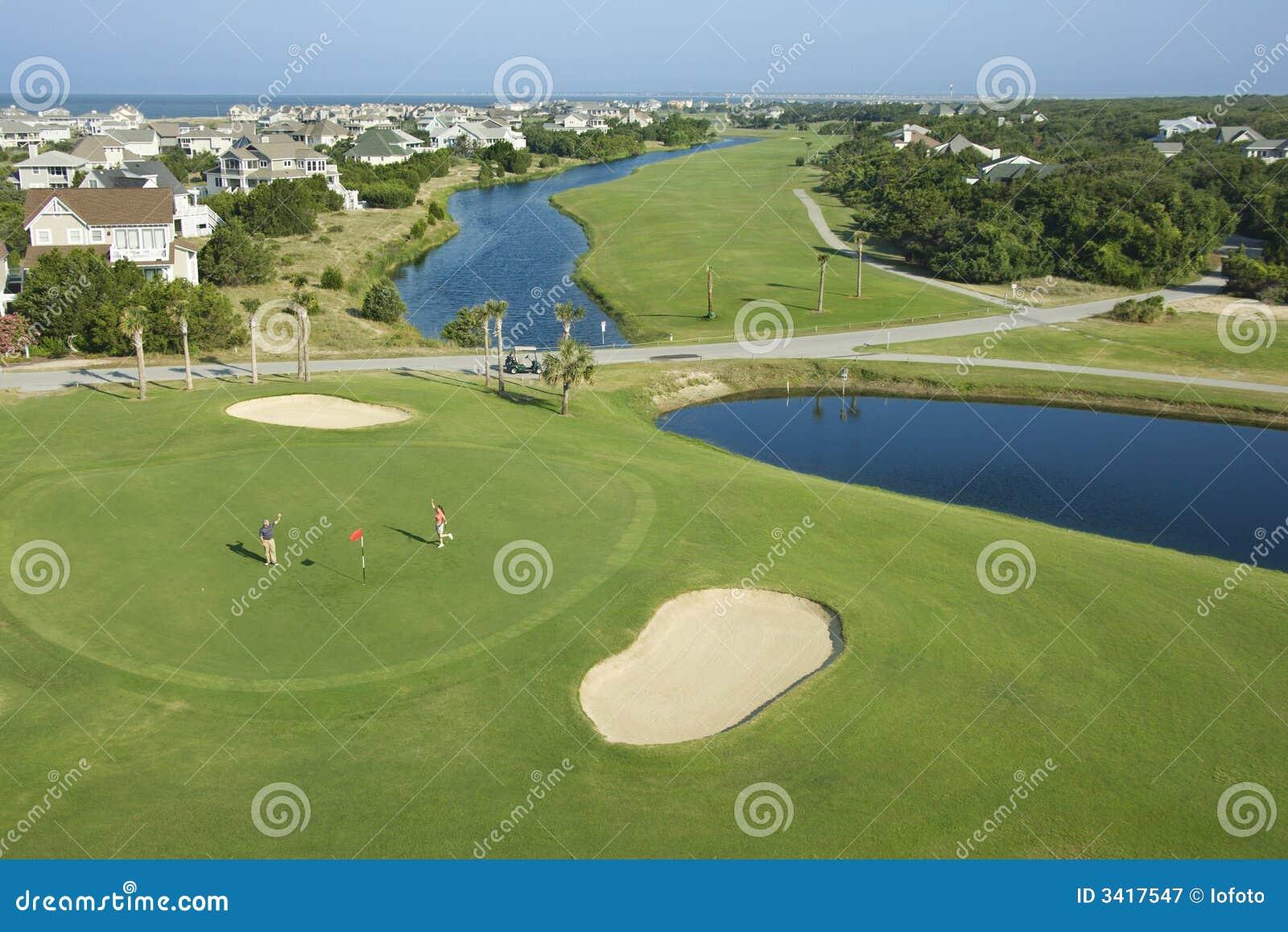 прибрежный гольф курса