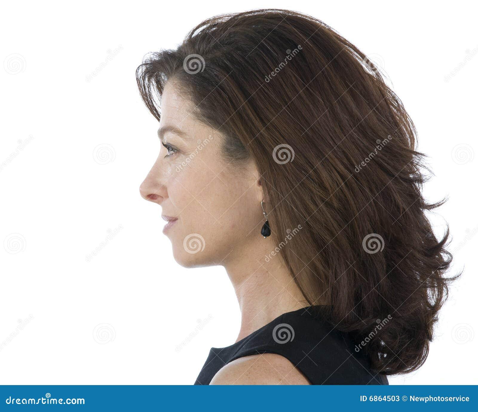 привлекательная возмужалая женщина портрета