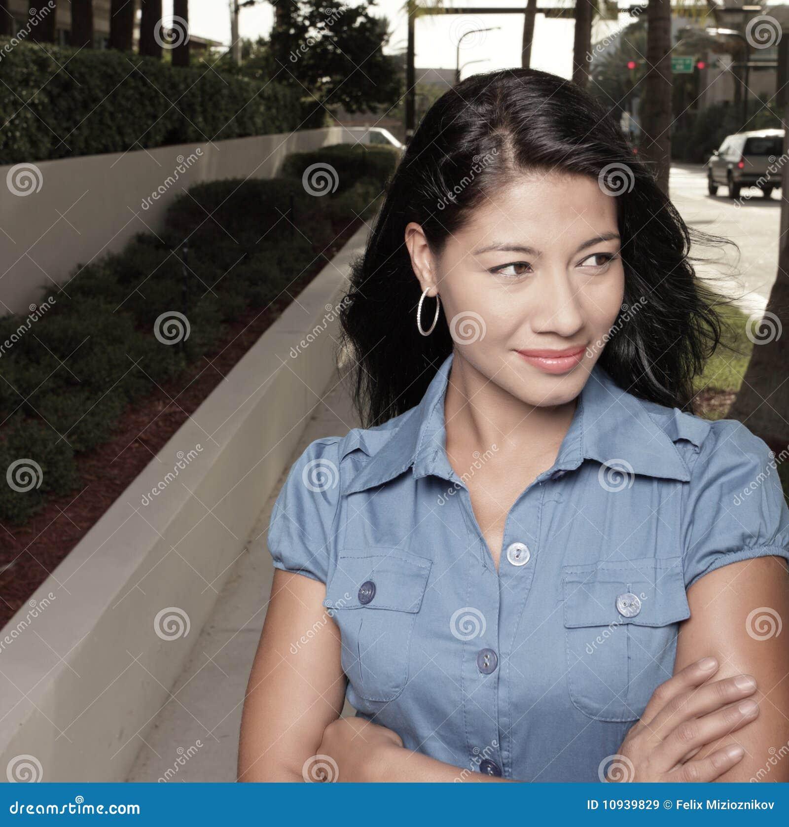 привлекательная ся женщина