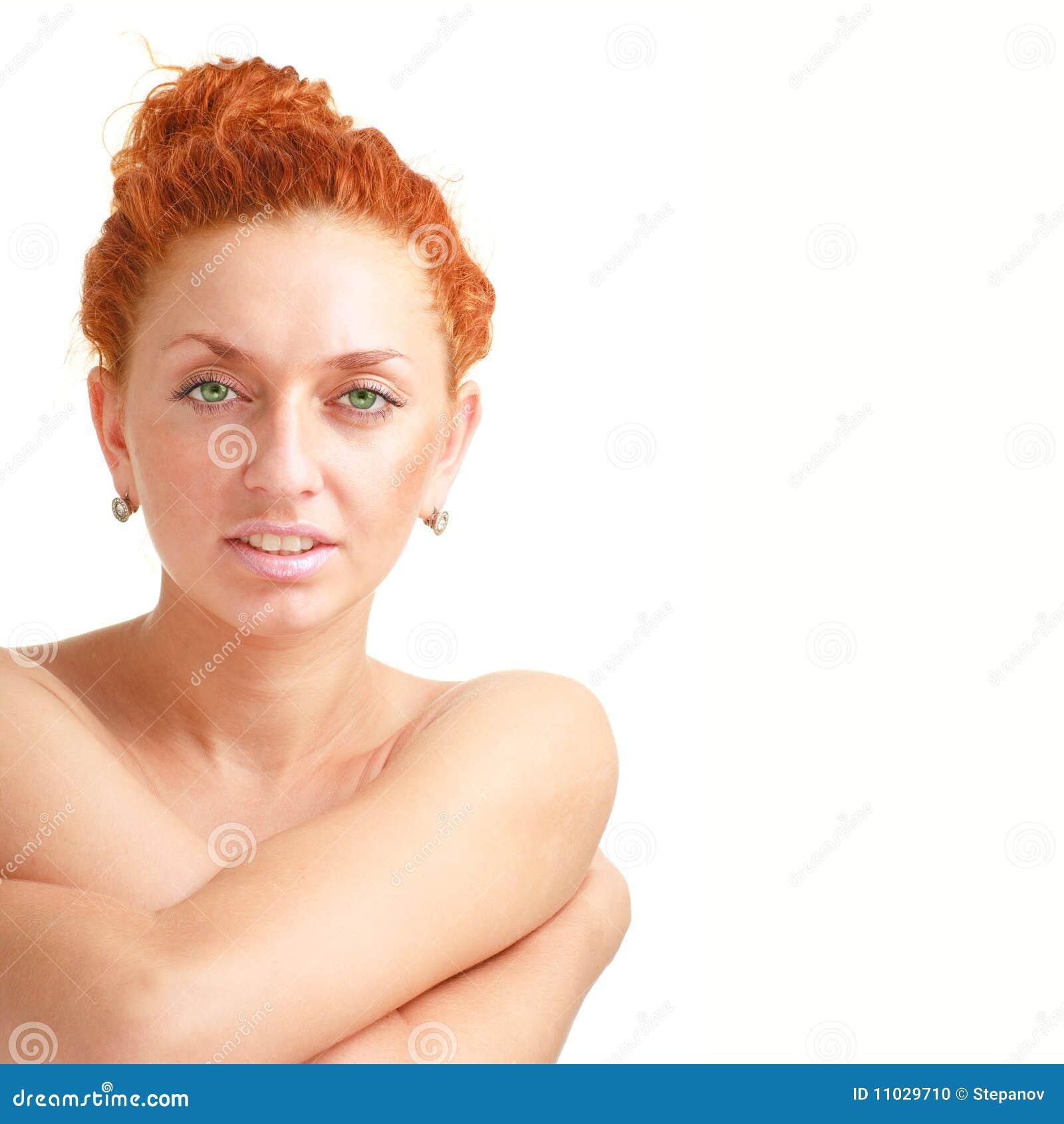 привлекательный близкий с волосами красный цвет вверх по женщине