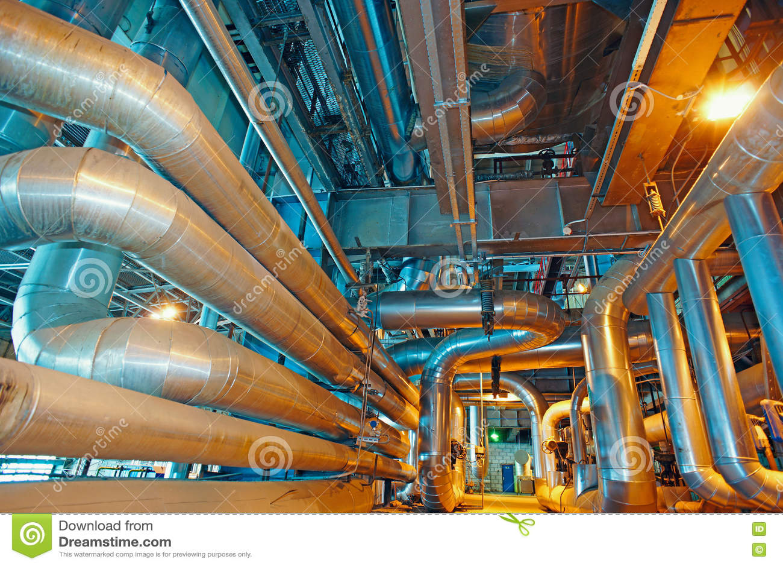 Download привязывает тубопровод оборудования Стоковое Изображение - изображение насчитывающей двигатель, масло: 72299921