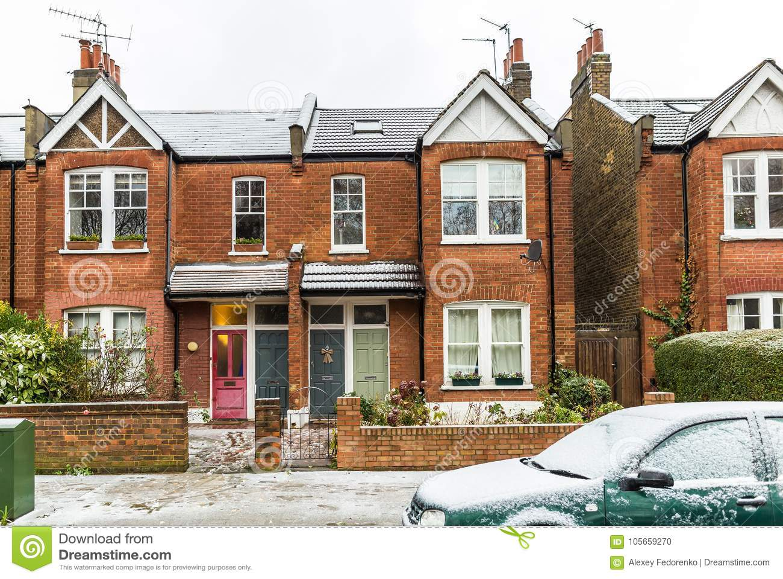 Пригороды лондона квартиры в дубай марина снять квартиру