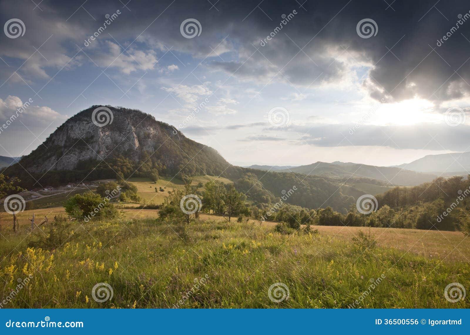 Прикарпатская гора